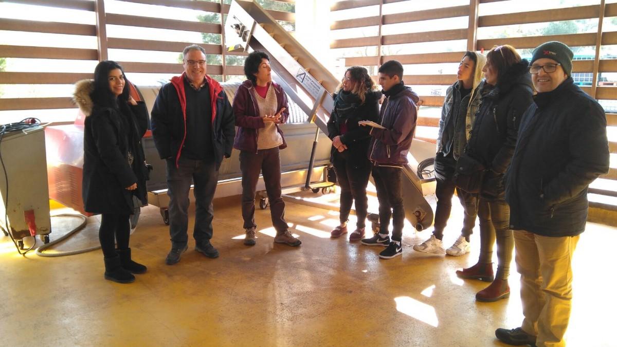 Un moment de la visita a la cooperativa de Vallbona de les Monges